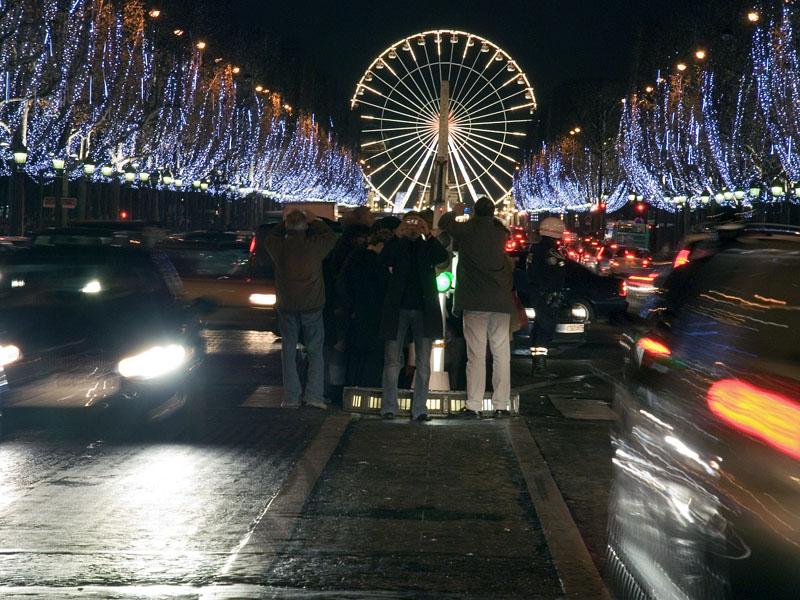 http://www.info-cam.ru/gallery/data/media/116/Ah_Paris.jpg