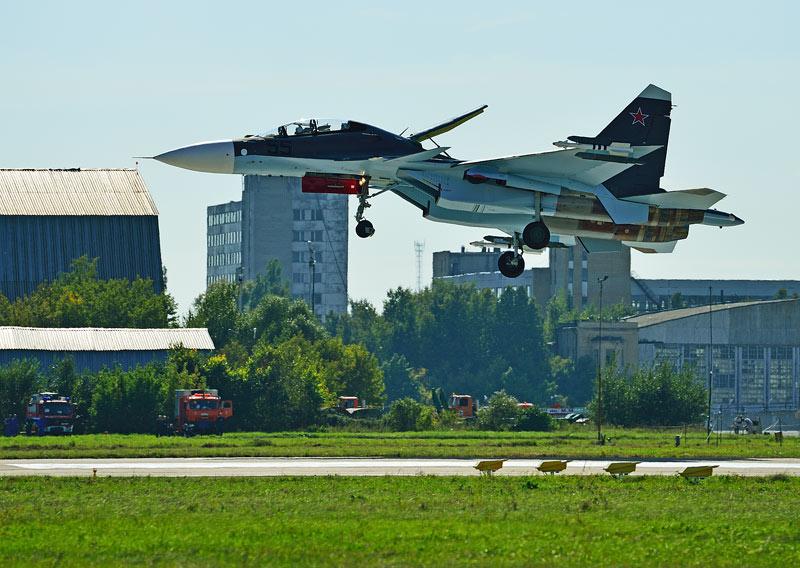 Су-30СМ. Посадка. Авиашоу 55.
