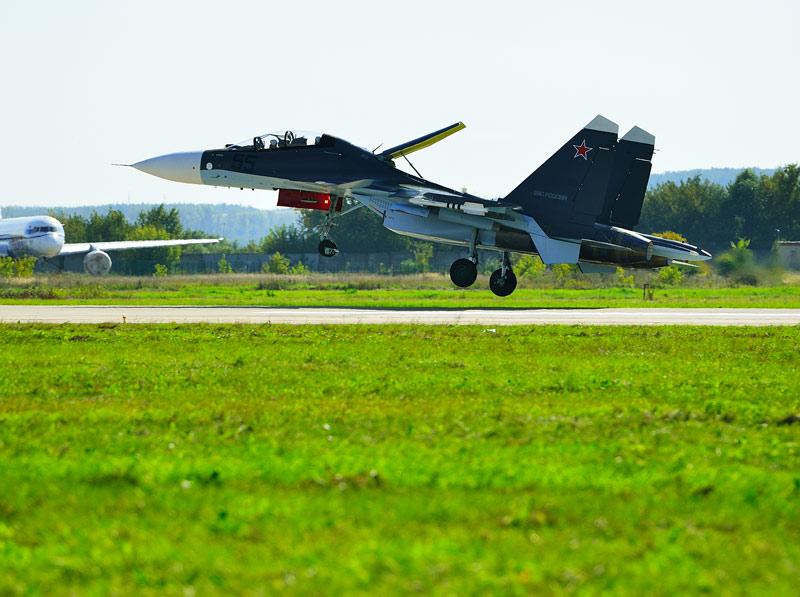 Су-30СМ. Посадка. Авиашоу 59.
