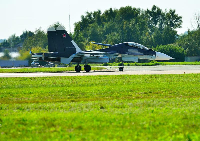 Су-30СМ. Посадка. Авиашоу 61.