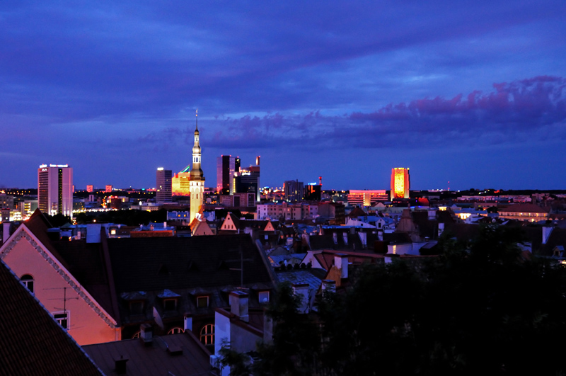 Таллинн ночью