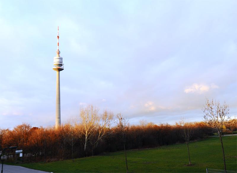 Вена. Дунайский парк. 5