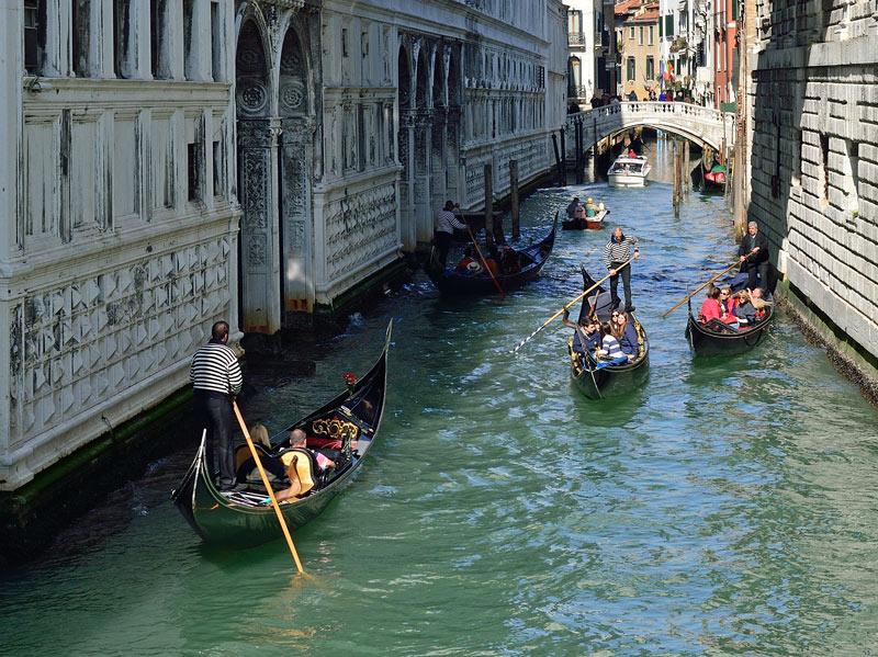 Венеция. Гондолы и гондольеры. Venice. 83