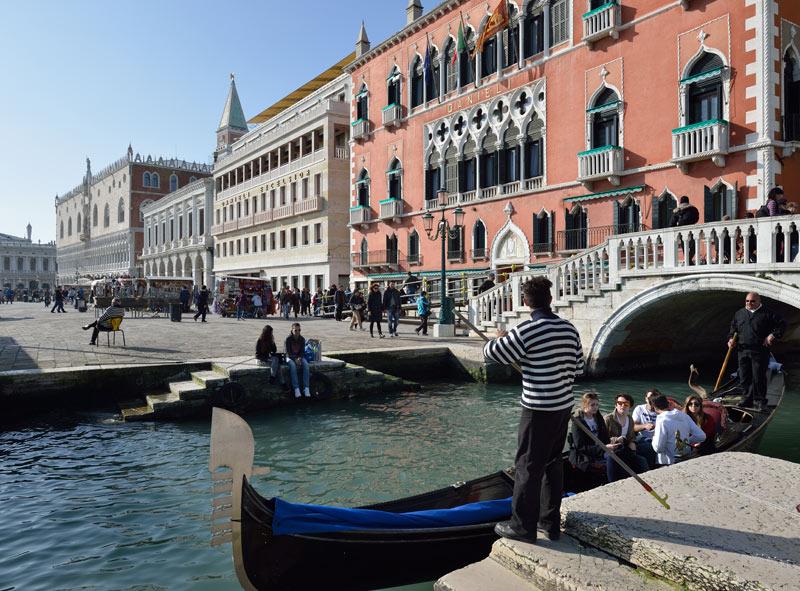 Венеция. Гондолы и гондольеры. Venice. 90