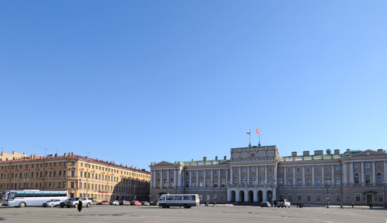Санкт-Петербург. Законодательное собрание. 13.