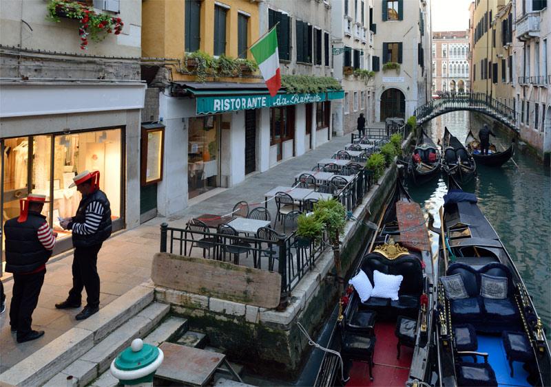 Венеция. Гондолы и гондольеры. Venice. 71