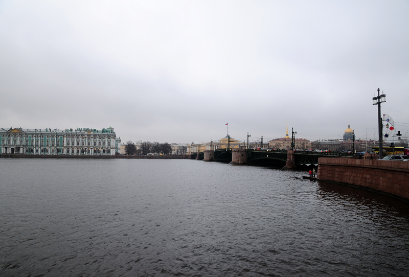 Зимний дворец. Дворцовый мост. Адмиралтейство и Исаакий.
