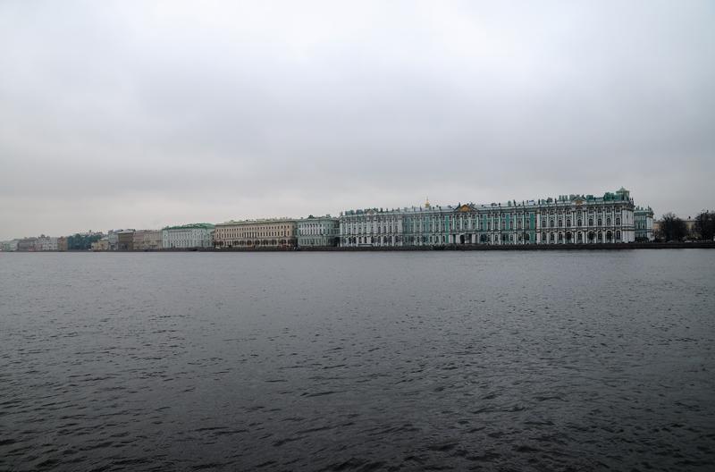 Зимний дворец. Дворцовая набережная.