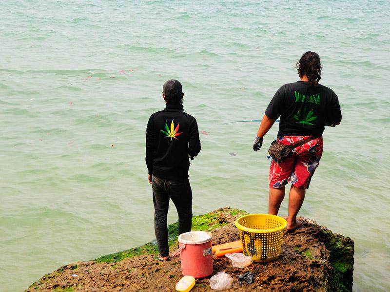Паттайя. Рыбалка на пляже. 71