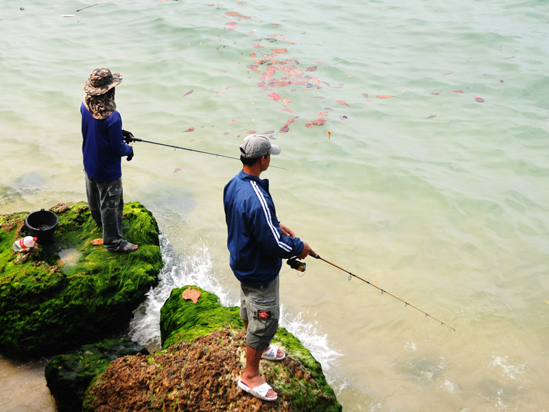 Паттайя. Рыбалка на пляже. 68