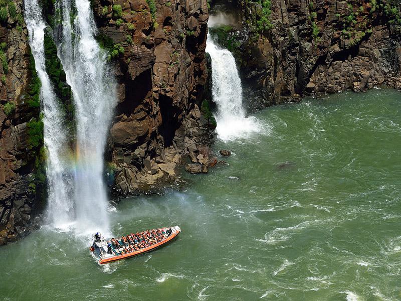 Водопады Игуасу. Тур на лодке.Iguacu Falls. Boat Trip  3