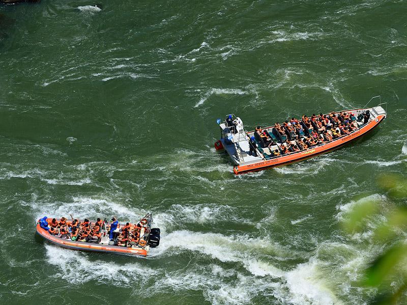 Водопады Игуасу. Тур на лодке.Iguacu Falls. Boat Trip  2