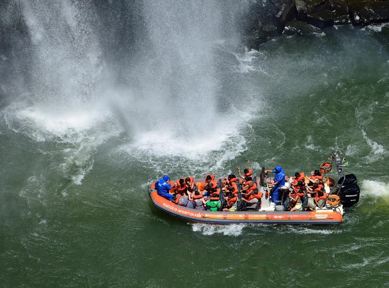 Водопады Игуасу. Тур на лодке. Brasil. Iguacu Falls. Boat Trip. 9