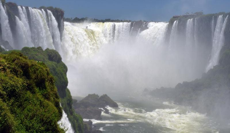 Бразилия. Водопады Игуасу. Brasil. Iguacu Falls. 89