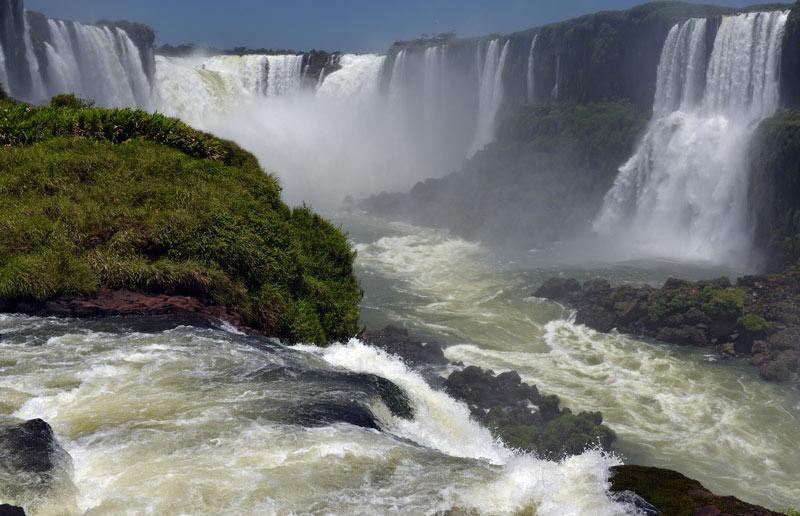 Бразилия. Водопады Игуасу. Brasil. Iguacu Falls. 90