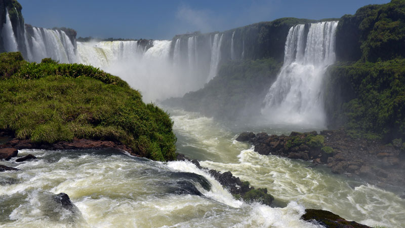 Бразилия. Водопады Игуасу. Brasil. Iguacu Falls. 94