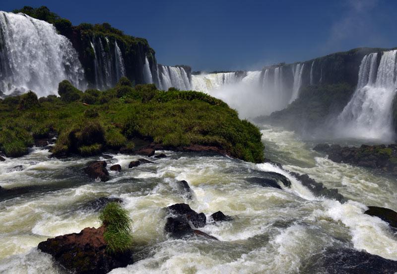 Бразилия. Водопады Игуасу. Brasil. Iguacu Falls. 96