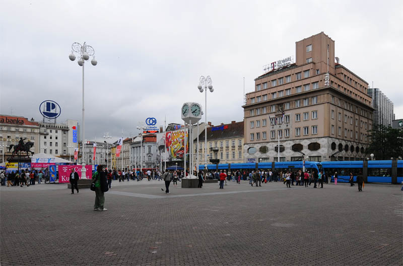 Хорватия. Загреб. Площадь Бана Елачича. Zagreb. 10