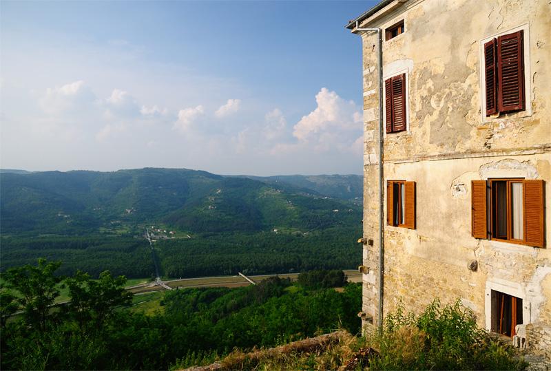 Мотовун. Хорватия. Motovun. Croatia.