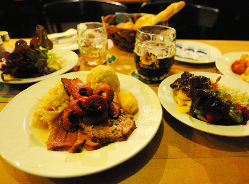 Вена. Пивной ресторан Бирклиник. Gosser Bierklinik. Vienna. 14