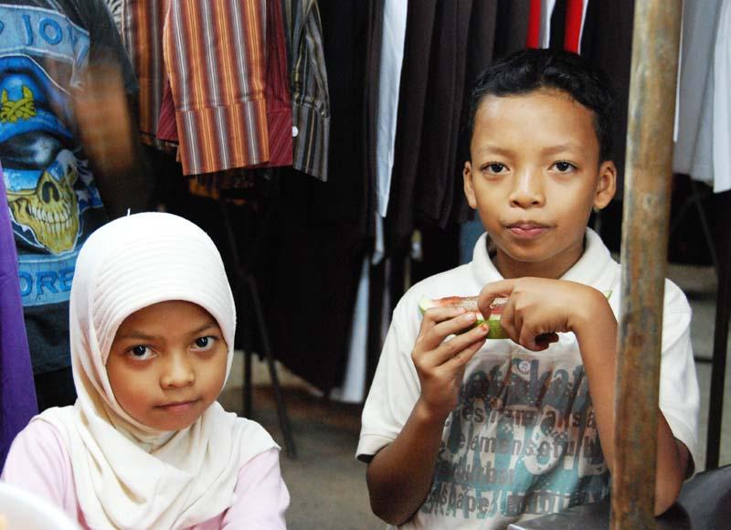 Лангкави. Ночной рынок. Дети. Langkawi. Night Market.