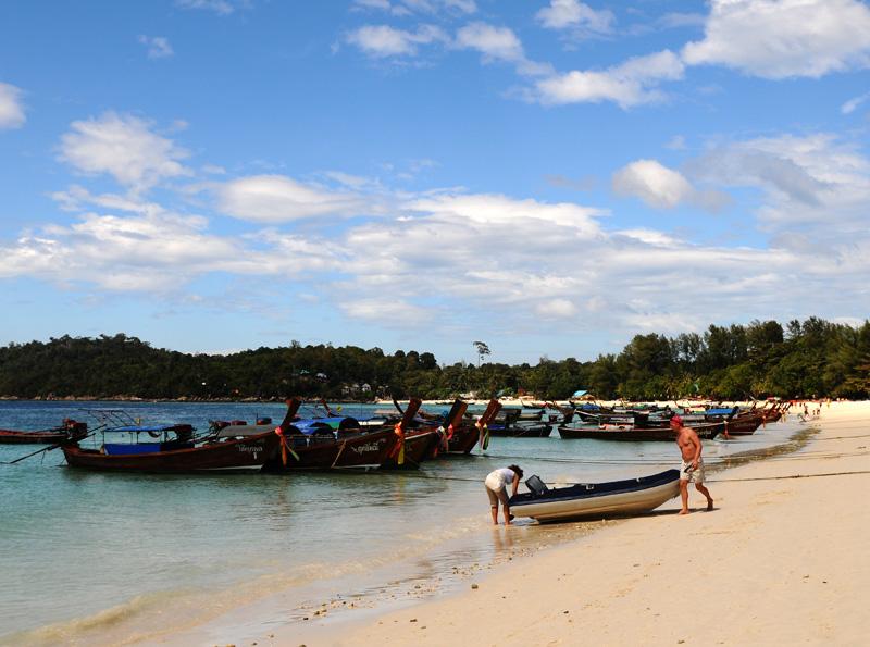 Ко Липе. Пляж Паттайя. Ko Lipe. Pattaya Beach. 5