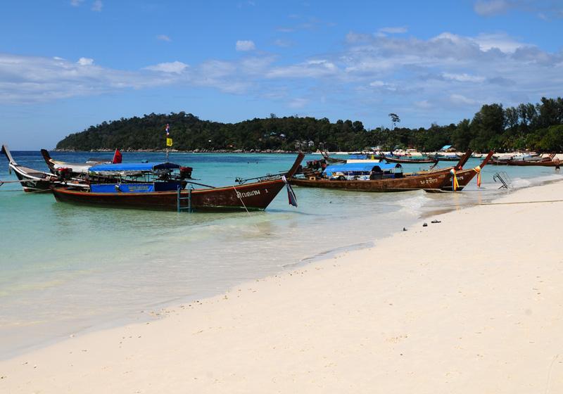 Ко Липе. Пляж Паттайя. Ko Lipe. Pattaya Beach. 4