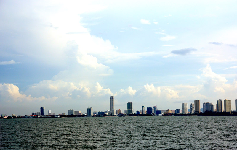 Пенанг. Вид с моря. Penang from the Sea.