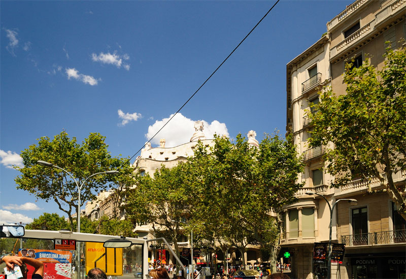 Гауди. Дом Мила. Барселона. Каталония. Испания.