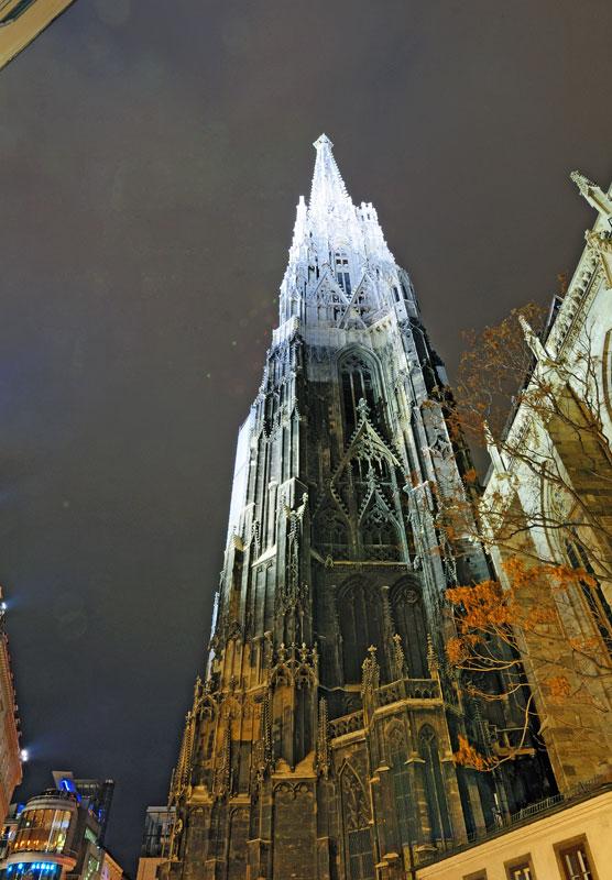 Вена. Собор Св. Стефана ночью. Vienna. Night Stefansdom. 29