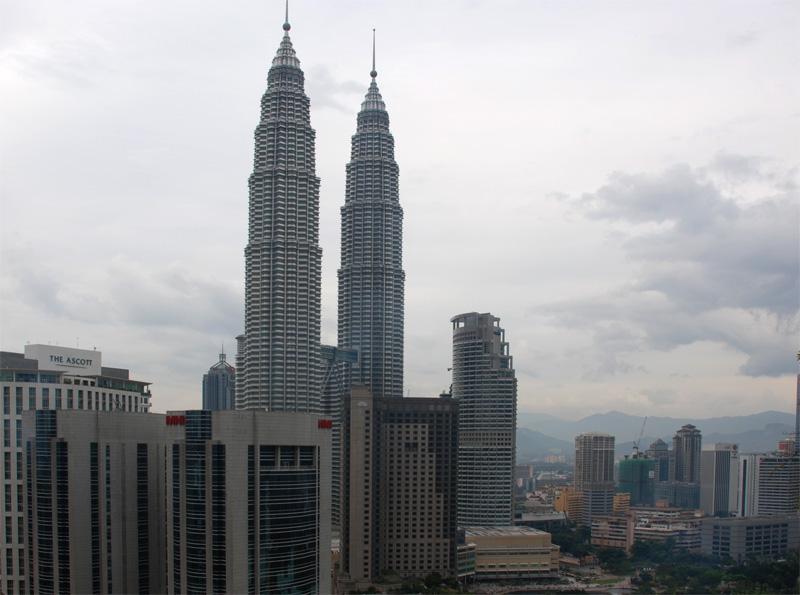 Петронасы. Вид из отеля Crowne Plaza. Petronas. 19