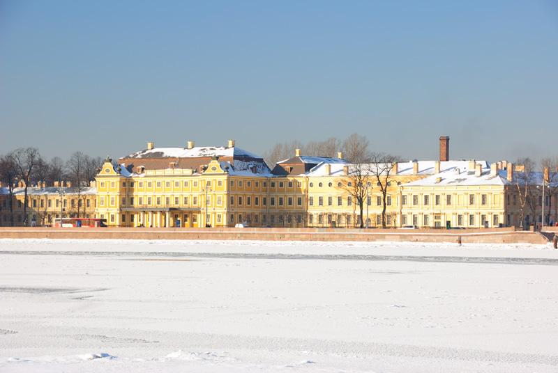 Меньшиковский дворец. EV=-0.66.